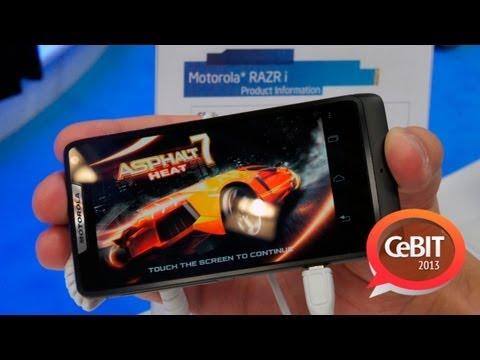 Девять смартфонов Intel в одном видео