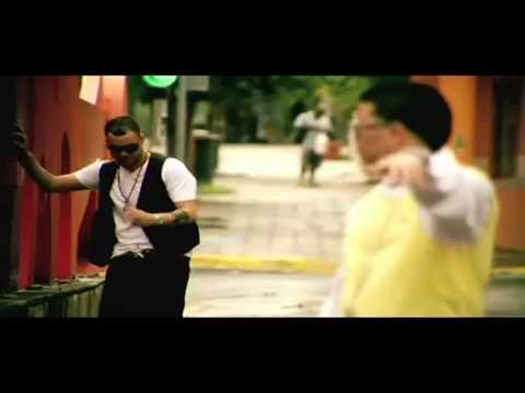 Wibal & Alex - Pura Casualidad (Official Video)