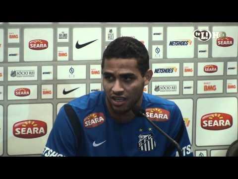 Alan Kardec deseja em permanecer no Santos