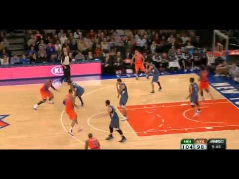 Corey Brewer flops on Tyson Chandler: Timberwolves at Knicks