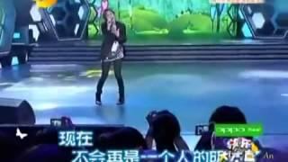 ぐんちゃんがの中国番組に出た時のhellohelloです。