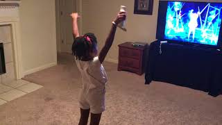 "Lexi and Nette plays ""Just Dance 2014"" on the Wii!!!"