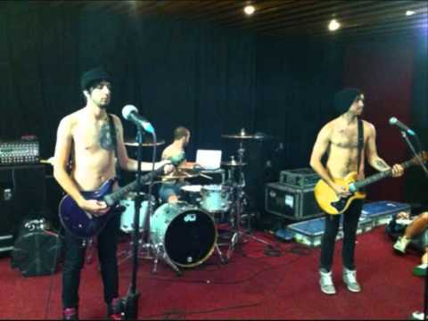 All Time Low - Hold It Against Me, Cover, Live Lounge (with download link)