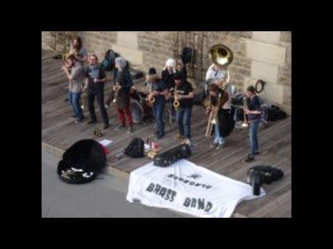 Mammouth Brass Band Quai du Louvre Pont Neuf 25 février 2017