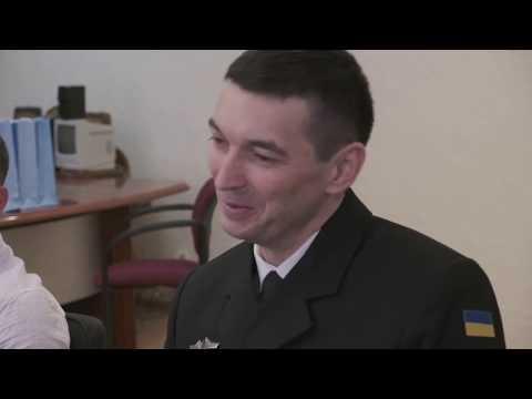 Телеканал АНТЕНА: У Черкаській міськраді зустрілися з героїчним екіпажем тральщика