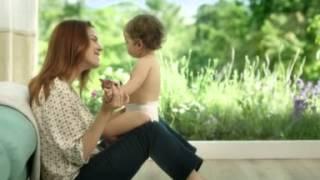 видео Лучшие памперсы для новорожденных малышей