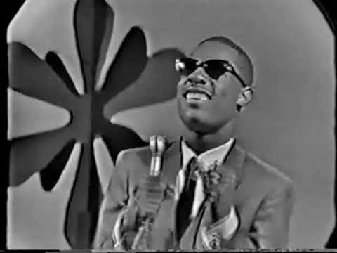 Stevie Wonder - Uptight!/ A Place In the Sun (1966)