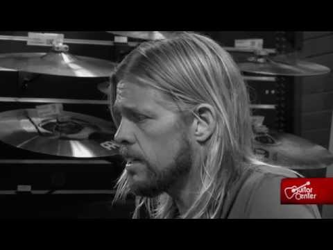 Taylor Hawkins: At Guitar Center - Coattail Riders