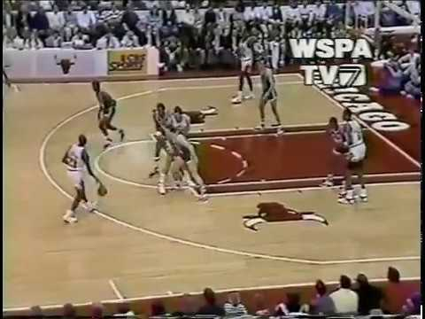 MICHAEL JORDAN DUNK ON REGGIE LEWIS!!  4-24-88 CELTICS @ BULLS
