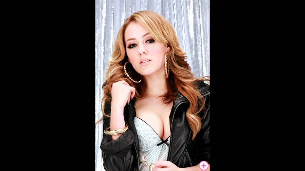 is ariana grande dating mac miller