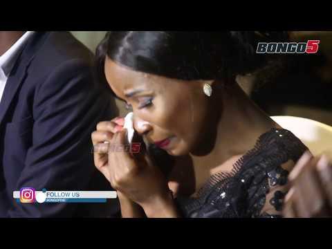 MASIKINI: Ebitoke alia kwa UCHUNGU / aanguka GHAFLA ukumbini thumbnail