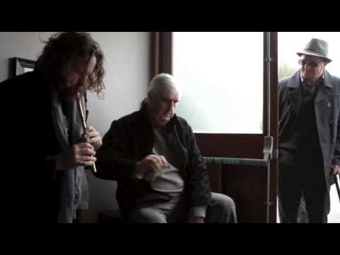 Hothouse Flowers Liam Ó Maonlaí jams with bone playing Cork musician