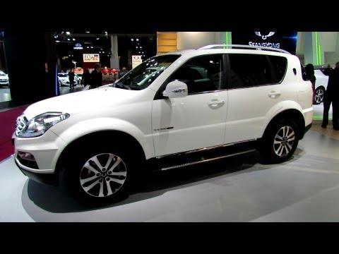 2013 Ssang Yong Rexton Luxe BVA - Exterior and Interior Walkaround - 2012 Paris Auto Show