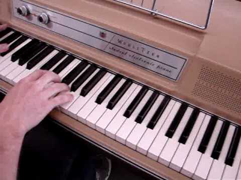 Vintage Wurlitzer Student Electric Piano