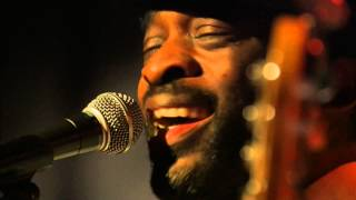 Bibi Tanga - Upset (Live at Alhambra)