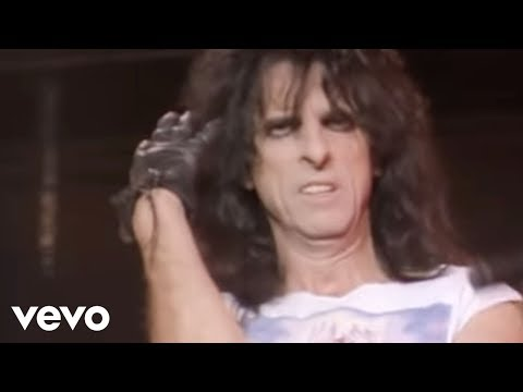 Alice Cooper - Billion Dollar Babies (from Alice Cooper: Trashes The World)