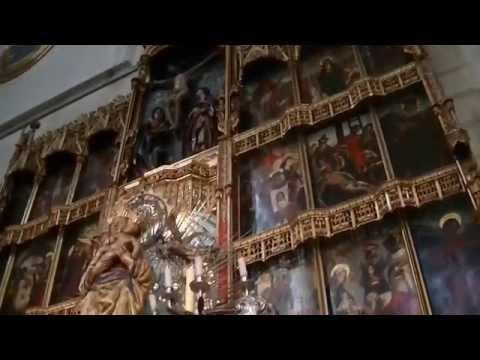 Catedral de Santa Maria La Real de la La Almudena de Madrid. España.