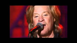 Hall & Oates - Live In Concert - 15 - Family Man (HQ).mp4