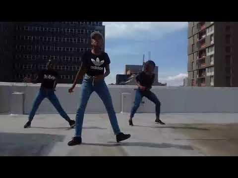 Distruction boys   Omunye phezu komunye    bhenga dance & kwassa danceThe Girls of M M Rockers