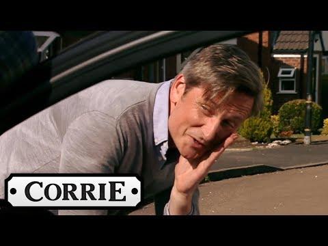 Coronation Street  Duncan Provokes Tim Into Punching Him