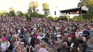 Helen Sjöholm och Peter Jöback i Allsang på grensen 2015 [HD 720p]