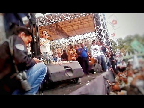 Rena KDI Di Tinggal Rabi OM MONATA live alun JOMBANG terbaru 14-01-2018