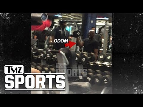 Lamar Odom Lifting Weights at Gold's Gym, Comeback in the Works? | TMZ Sports