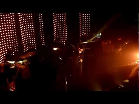 Benjamin Biolay - Confettis - Vengeance @Enghien Les Bains 080313