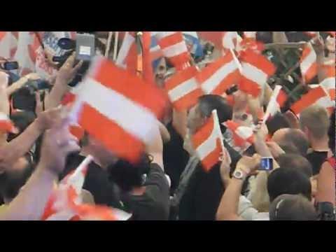 Stimmungsbilder von der 1.-Mai-Kundgebung der FPÖ in Linz 2012 - Kurzvideo 4