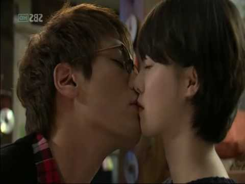 Choi Daniel and Goo Hye Sun Valentine MV Please Be Careful with my Heart