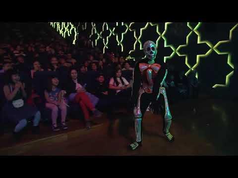 Чердак с привидениями (танцующие скелеты)💀👻