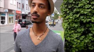 Eritrean funny interview 2016  auf deutsch ኣይርደኣንን,Ostern eier