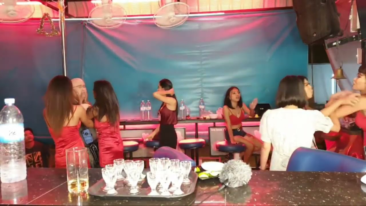 Hypocrisy strike again, 50k Views, 1 month YT have said that it is not suitable. Pattaya, Bar Fight,