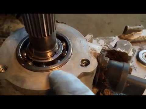How to Remove transfer case and repair leaks on a Jeep Wrangler YJ
