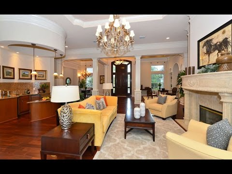 SOLD Golf Front Sophistication in Lakewood Ranch $1,165,000