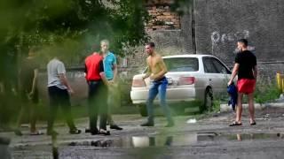 Красноярск. Пацанские разборки на ул.Королёва 13. Жестокость без границ.