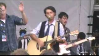 The Good China - The Couch Song (Live at the St Kilda Festival 2009)