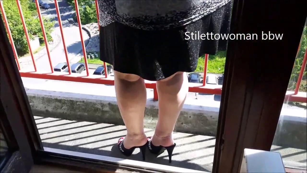 mini skirt and blacl Mules, Stilettowoman bbw