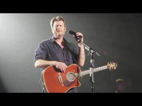 Blake Shelton- Every Time I Hear That Song live in Spokane