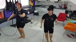 רוקדים ונהנים בסטודיו EMS PLUS