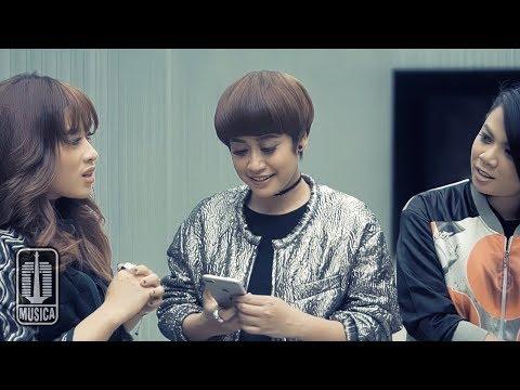 SHIMA - Berteman Saja (Official Video)