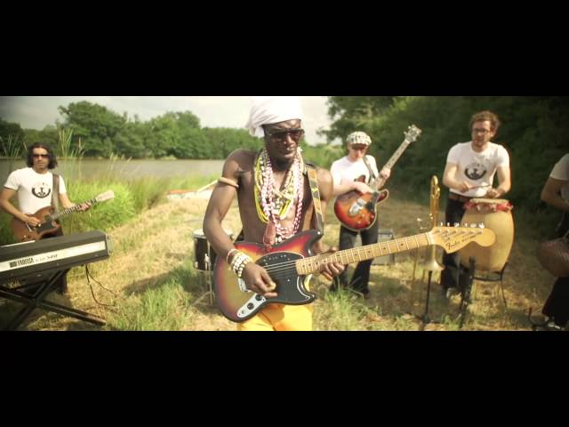Vaudou Game - Pas Contente - (official video)