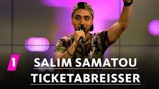 Salim Samatou: Job als Kartenabreißer
