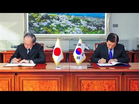 South Korea, Japan Sign Pact to Track North Korea