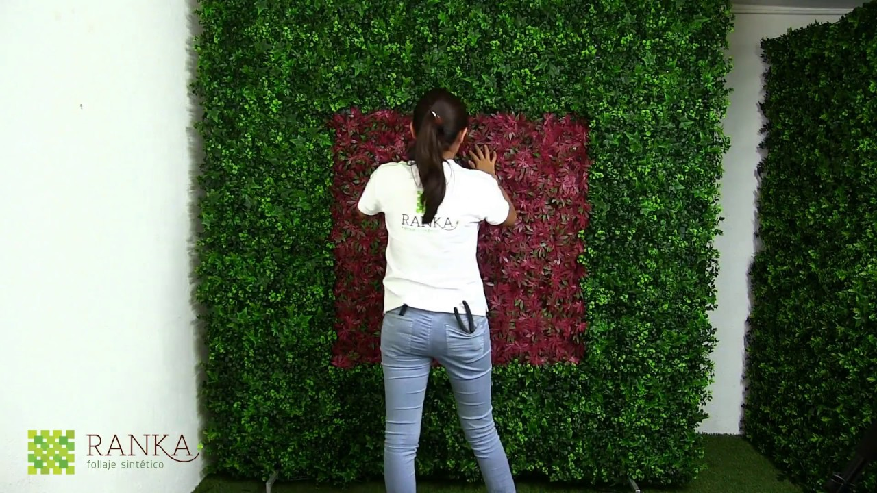 C mo hacer un muro verde artificial youtube for Malla para jardin vertical