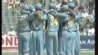 Desis in SAfrica (World Cup Cricket 2003 South Africa)