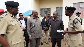MAPYA yaibuka! Mbowe atakiwa kumsalimisha Lissu mahakamani mwenyewe!!