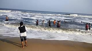 Chennai samundar ki video h jrur dekhe