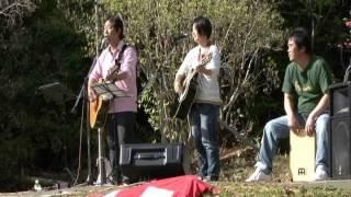 2012.4.2012.4.15 安芸市内原野つつじ祭りコンサート 豆電球と小松亜里...