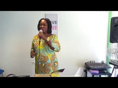 NJK Conférence : L' art d'être une femme by Viviane Dalo
